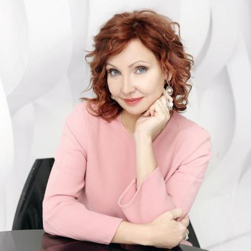 Лариса Ренар